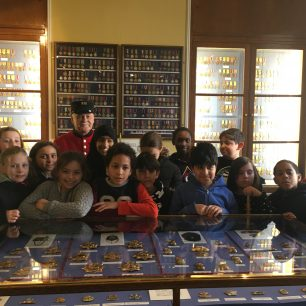 Schools visit the National Army Museum and the Royal Hospital
