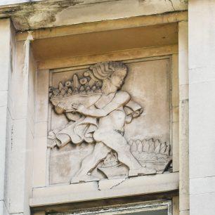 Regency Lodge decorative feature (c) Rory Rae 2018