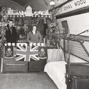 Christmas 1944 at St John's Wood station (c) Tfl from the London Transport Museum Collection