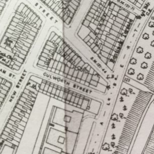 Triangular site of Oslo Court showing working class housing  in 1915 that was pulled down