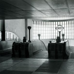 1948 escalators at St John's Wood station (c) Tfl from the London Transport Museum Collection