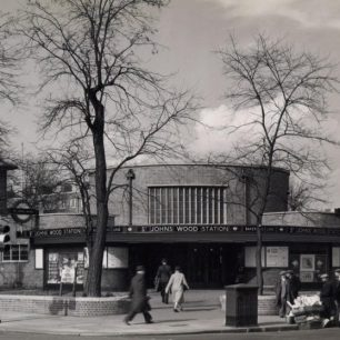 St John's Wood station 1937 (c)Tfl from the London Transport Museum Collection