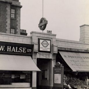 Pre 1960s entrance to Swiss Cottage station (c) Tfl from the London Transport Museum Collection