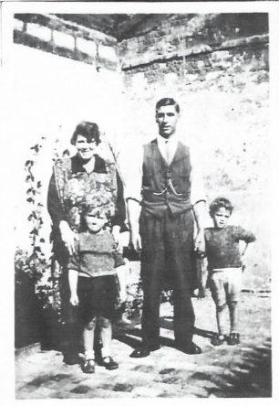 The Peerless family 1931