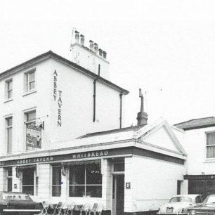 Abbey Tavern Violet Hill