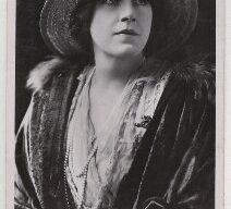 Beatrice Belton, photographer