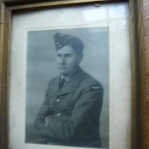 Herbert in Air Force uniform | Herbert / Louise