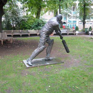 WG Grace statue | Louise Brodie