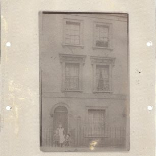 1910 house in Frederick St with Edwin George Turner (b 1908) his brother William and aunt Nellie Turner | Jane Shearer nee Turner