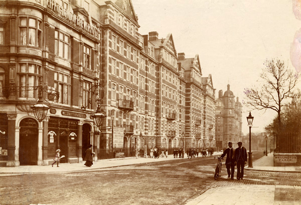 View of 2-60 St John's Wood High Street, on the south side from Wellington Place to Park Road, 1900 | Copyright Westminster City Archives