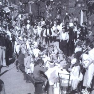 1953 Jubilee & Coronation celebrations at Townsend Cottages, which I attended