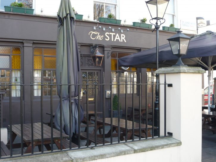 The Star, St John's Wood Terrace, 2012 | Louise Brodie