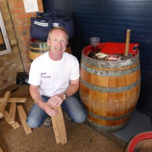 Mark Newton, Marstons cooper, teaching people how to make a barrel - for a free pint! | Louise Brodie