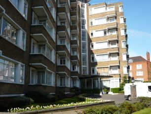 Oslo Court flats | Louise Brodie