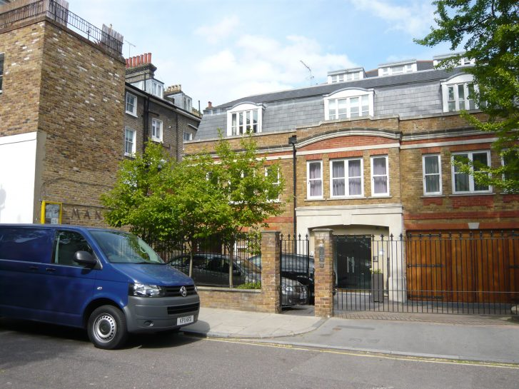 The Mansergh Woodall Club, Hill Road, 2011, rebuilt | Louise Brodie
