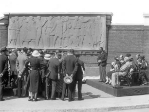 Unveiling of bas-relief sculpture in 1934 | Copyright Westminster City Archives