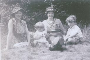 My mother, Reg, neighbour Mrs Smith, Royston 1937 | Reg Page