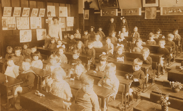 Barrow Hill School, Class 7 at desks, 1920a | Copyright Westminster City Archives