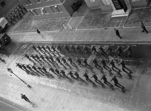 Recruits marching past Townshend Court | IWM CH 7524