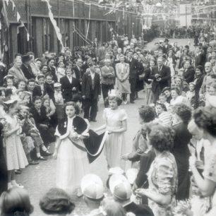 Coronation procession 1953