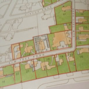 Stephen Conlin's redrawing of Eyre Estate map of 1903 | Stephen Conlin in Mireille Galinou's Cottages and Villas