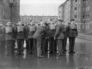 Kit inspection by NCOS near Townshend Court | IWM CH 7519